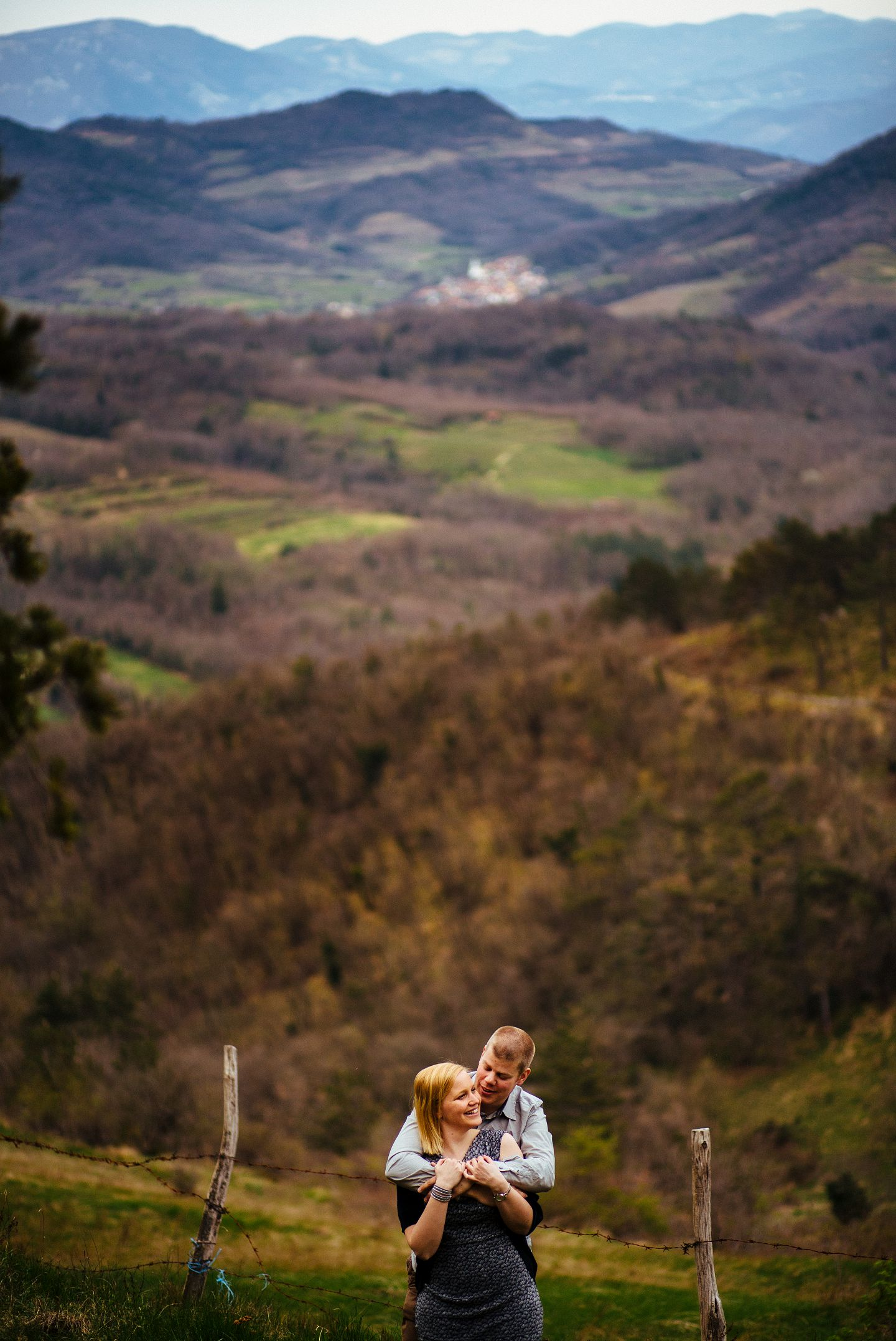 slovenia-karst-stanjel-engagement-session-katarina-filip (21)